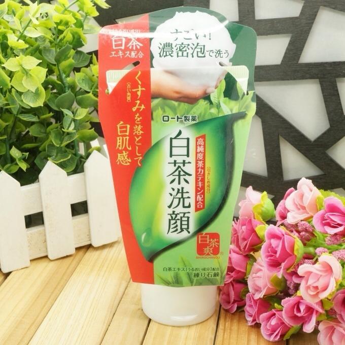 Sua-rua-mat-tra-xanh-matcha-Rohto-Shirochasou-green-tea-foam-120g-nhat-ban