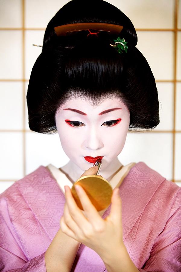 bi_mat_lam_dep_cua_geisha_hien_dai_nhat