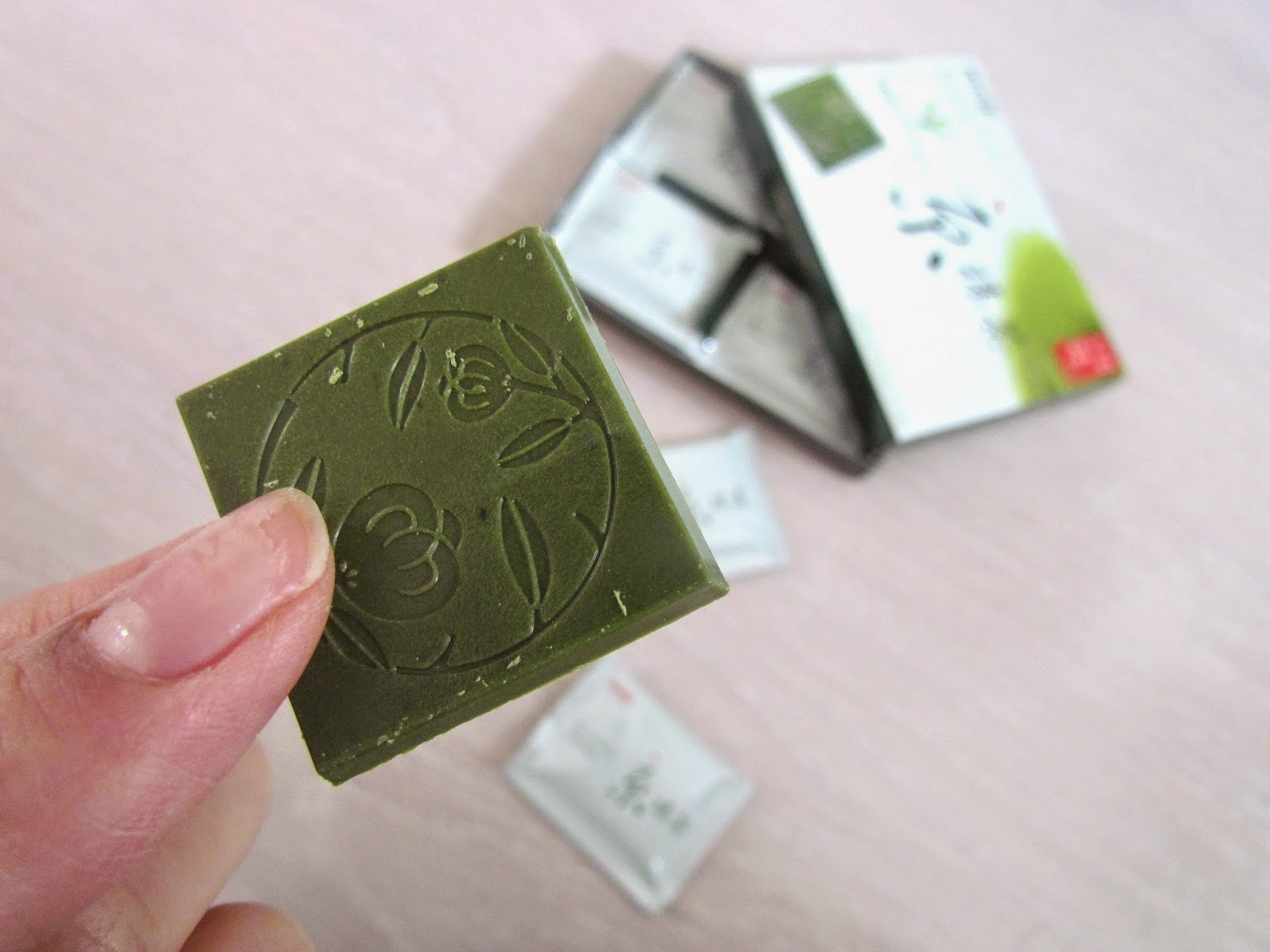 chocolate-meiji-kyo-matcha-jp
