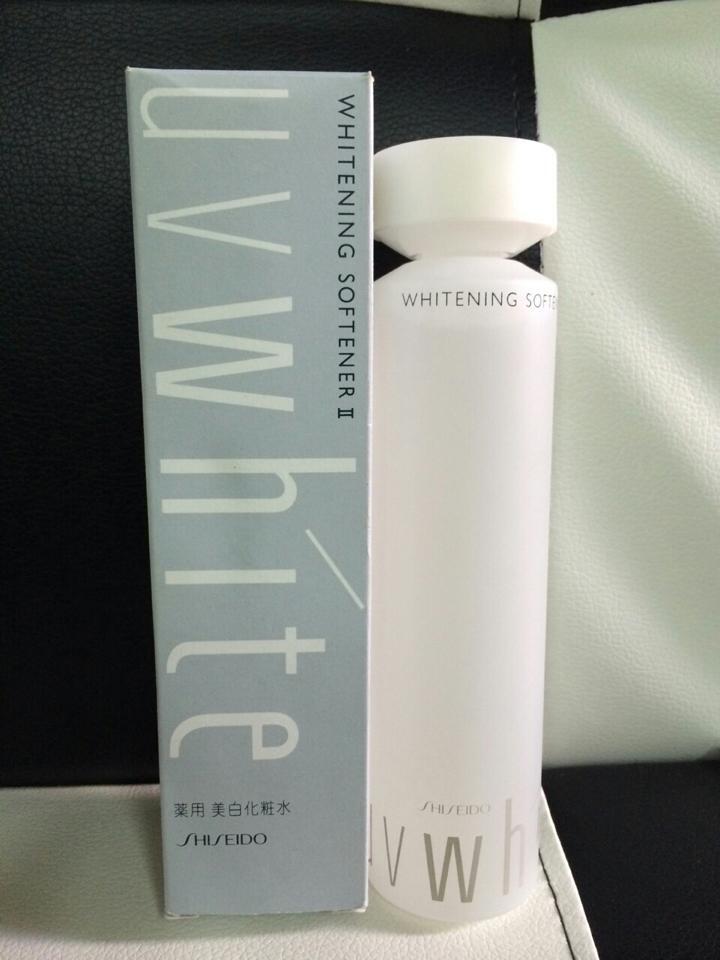 Nước hoa hồng Shiseido UV White – Whitening Softener