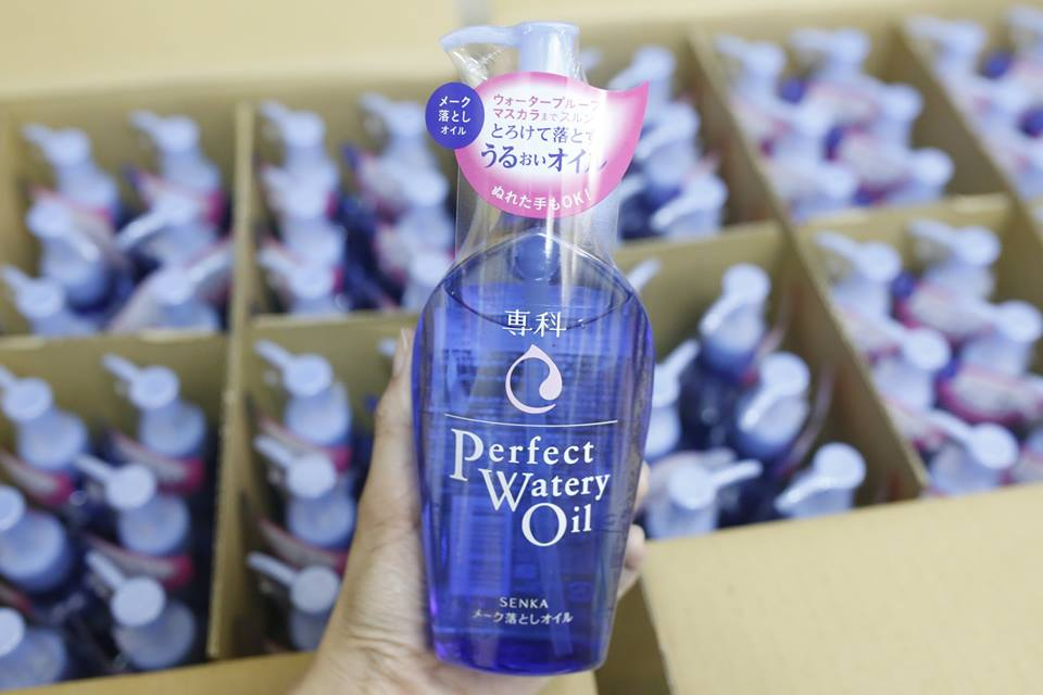 dau-tay-trang-shiseido-perfect-watery-oil-senka-230ml