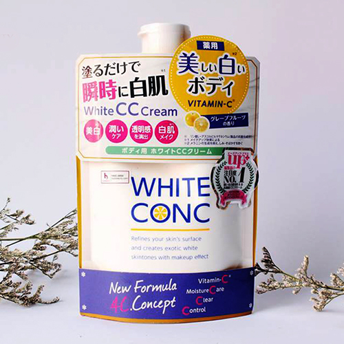 sua duong the white conc body cc cream with vitaminc nhat ban