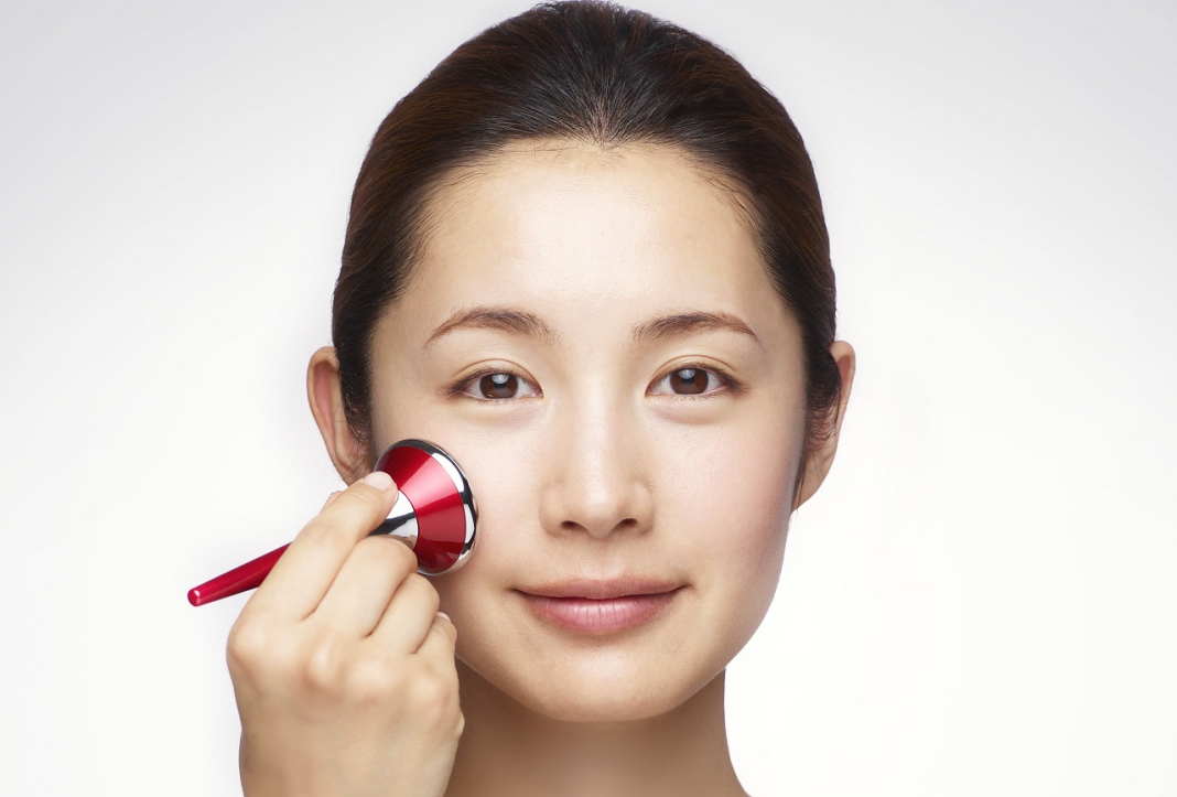 Gậy massage SK II Magnetic Booster