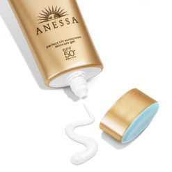 chat kem anessa perfect uv sunscreen skincare gel