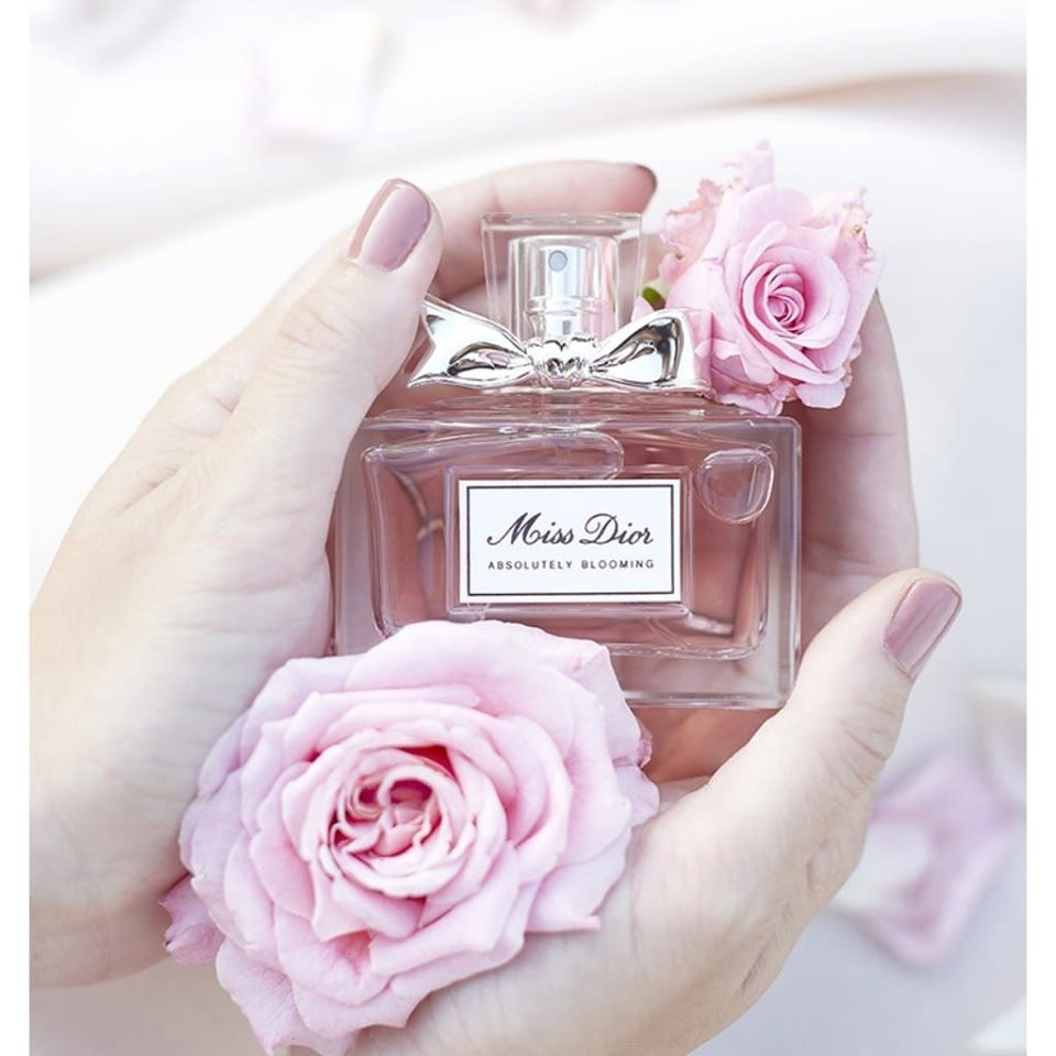 nuoc hoa dior miss dior absolutely blooming edp