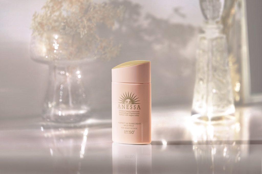 kem chong nang anessa shiseido da nhay cam
