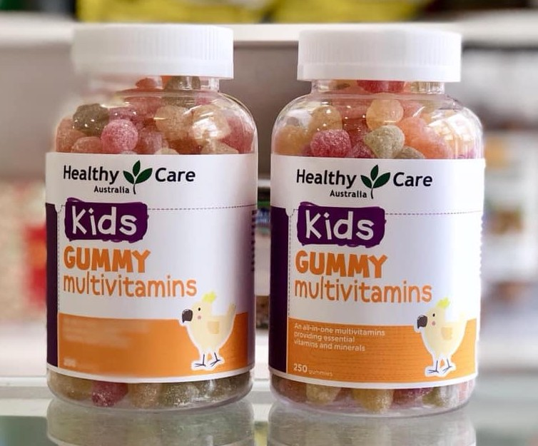 keo deo cho be healthy care kids gummy multivitamin uc