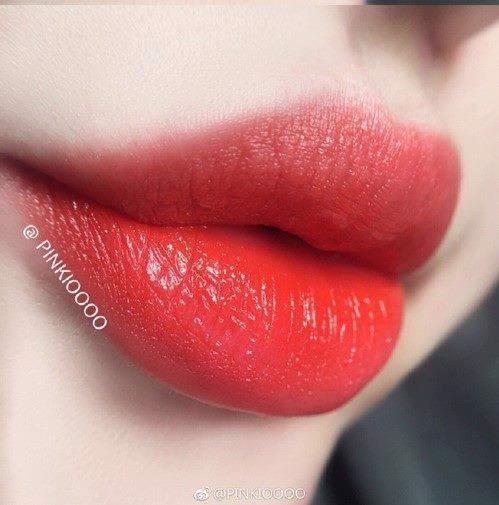 chat son tom ford 73 vermillionaire lip color